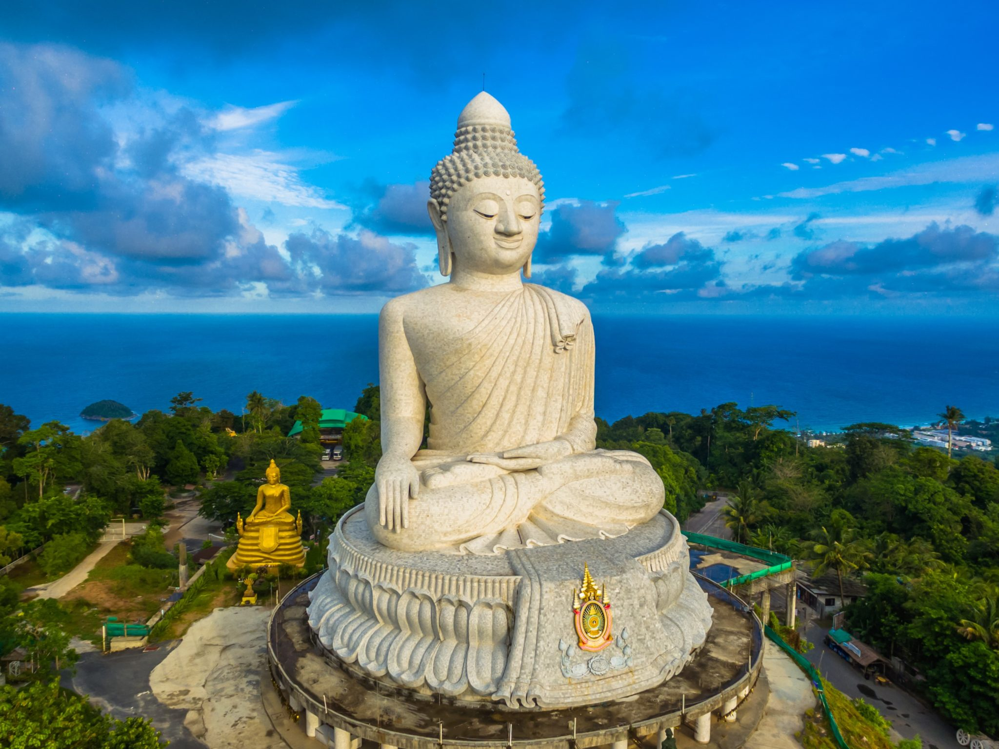 City Tour Phuket (Big Buddha, Promthep Cape, Chalong Templo, Phuket Old Town, Monkey Hill..)