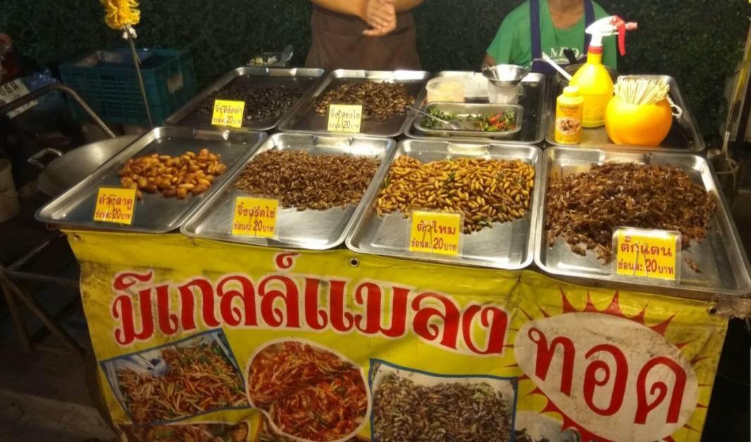 Ban Zaan Night Plaza Market (Abierto todos los días)